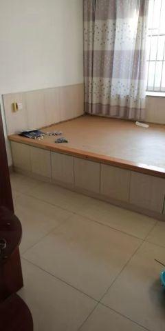 (龙都)杨春家园2室1厅1卫85m²中档装修
