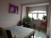 (龙都)阳光河畔2室2厅1卫75m²简单装修