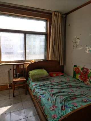 超然台西50米2室1厅1卫81m2带家具家电