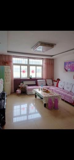 (龙都)西苑小区3室2厅2卫121m²精装修