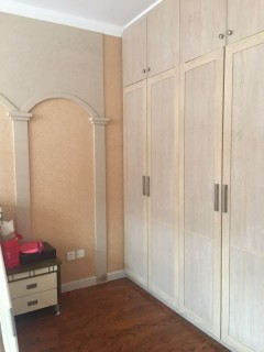 (密州)紫藤花园2室2厅1卫87m²带家具家电
