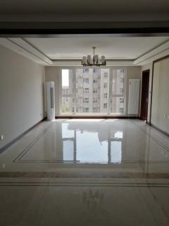 (密州)大源·枫香小镇4室2厅2卫164m²豪华装修