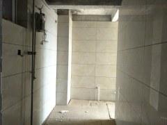 不贵的龙城华庭套四复式,172m²有付房,毛坯房,售价89万