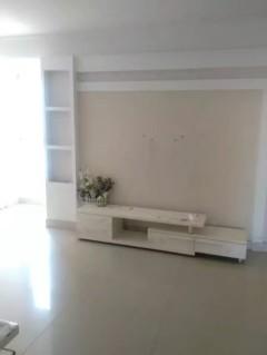 (龙都)皇家半岛2室2厅1卫96m²精装修