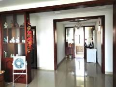 (龙都)诚通·香榭里3室2厅1卫131m²精装修