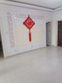 (龙都)兰凤家园2室1厅1卫87m²中档装修