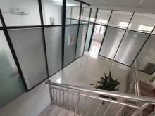 希努尔国际商贸城4层354平带院220万