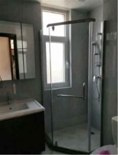 (南湖)大源·枫香小镇3室2厅2卫136m²精装修带车位附房