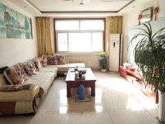 皇家半岛 南客厅 3室2厅1卫121m²中档装修 楼层佳