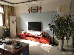 (龙都)皇家半岛3室2厅1卫121m²精装修带附房车位南厅