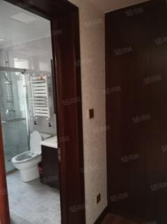 (南湖)大源·枫香小镇3室2厅2卫153m²豪华装修带2车位