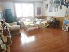 (密州)九龙花园4室2厅2卫146平+车库26+附房22