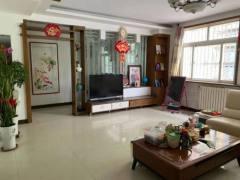 (龙都)金惠园小区3室2厅2卫140m²精装修带37平大附房