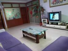 东坡小区浇筑房3室2厅1卫71万120m²中档装修出售
