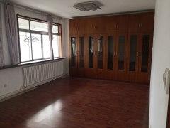 4室2厅1卫200m²精装修出售出租,可办公用