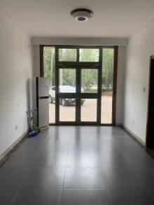 5室4厅3卫110万240m²精装修出售