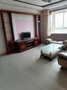 (龙都)君临公寓3室1厅1卫68万123m²出售