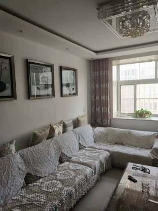 (龙都)宝龙庄园1400元/月110m²带车库出租