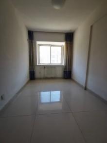 (密州)世家豪庭4室2厅2卫87.8万143m²出售