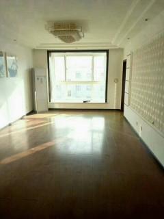(密州)紫藤花园五楼带阁楼 车库 3室2厅2卫142万126m²出售