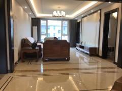 (南湖)大源·枫香小镇4室2厅2卫240万164m²带车位附房出售