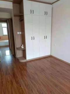 (龙都)惠丰·樸園3室1厅1卫83万102m²带付房拎包入住出售