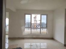 (开发区)红星家园沿街房全款4室2厅2卫132万153m²出售