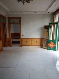 平房出租!(龙都)龙都新苑旁 安家崖头 4室2厅1卫  600元/月  160m²平 精装修