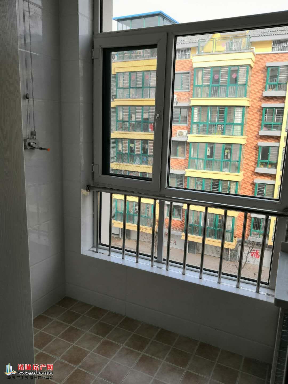 龙城华庭 1室1厅1卫 45㎡单身公寓